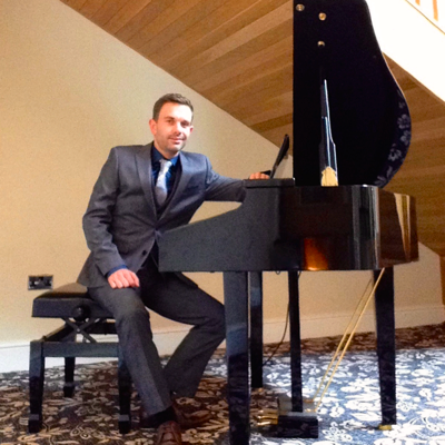 Craig performing wedding cocktal piano at The Villa cocktail reception bar, Wrea Green