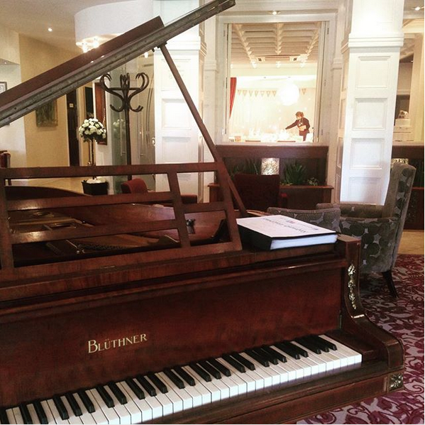 Piano player for Barton Grange wedding reception