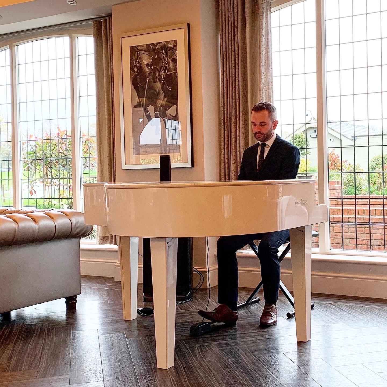 Craig Smith playing Colshaw Hall Wedding Piano