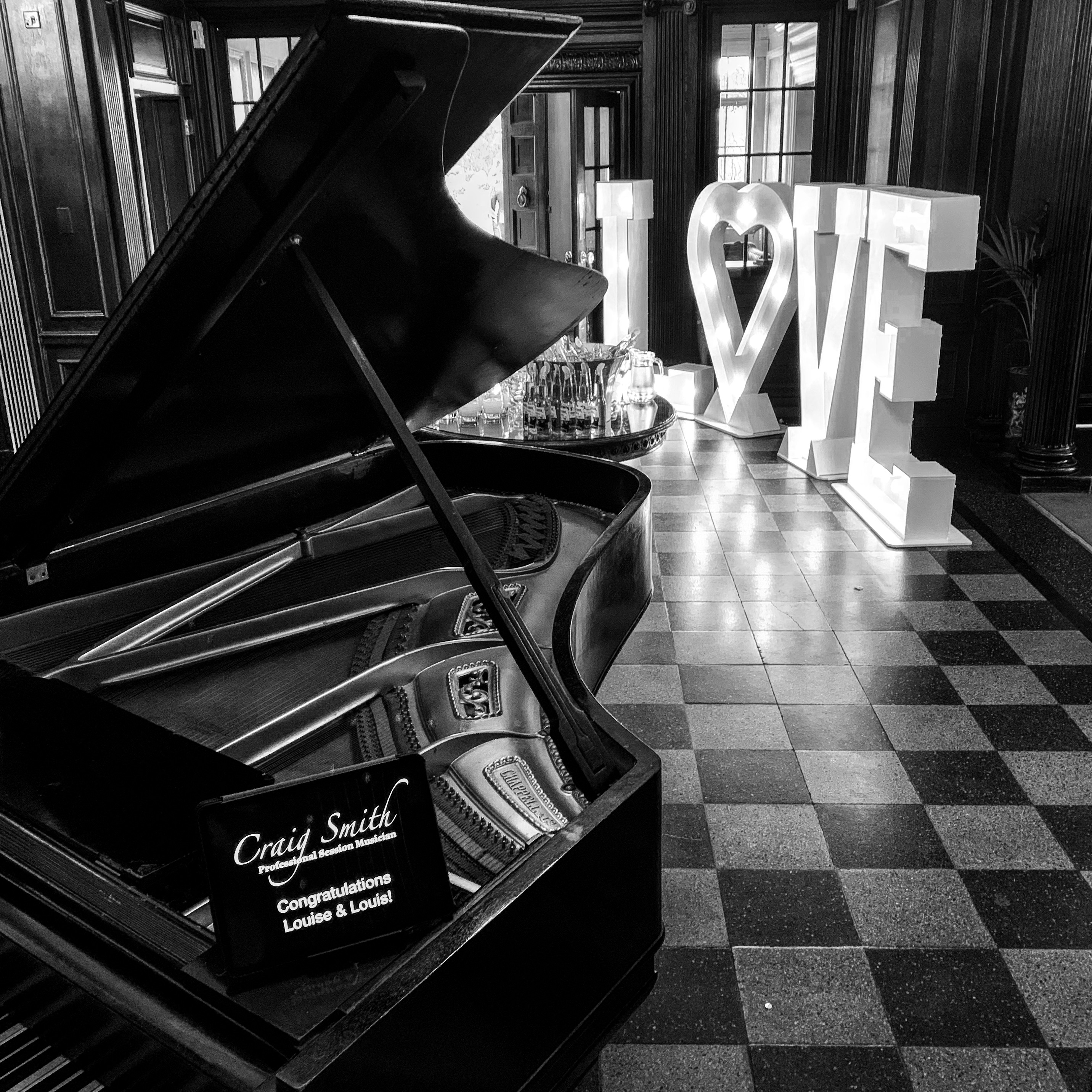 Craig Smith Wedding Pianist playing Piano for Eaves Hall Drinks Receptions