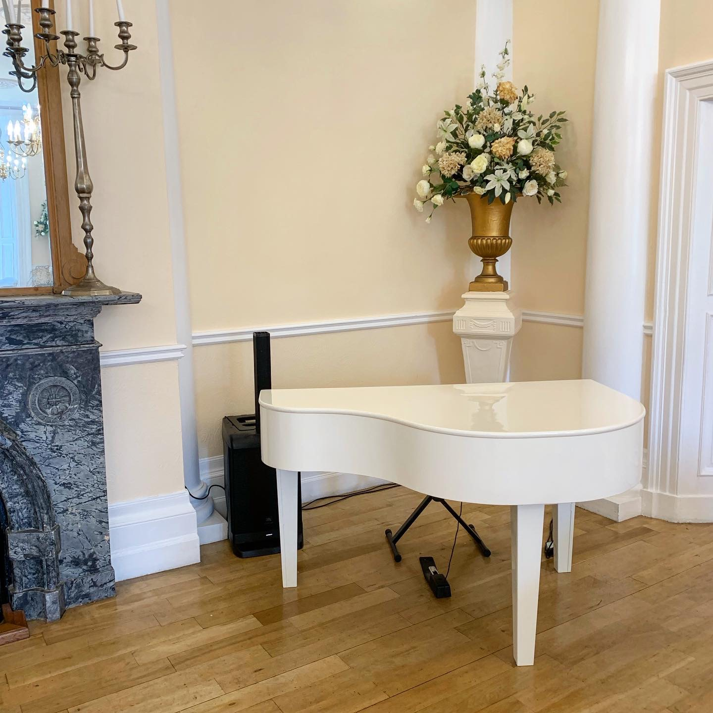 Grange Hotel wedding piano